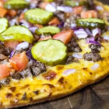 grilled cheeseburger pizza 2